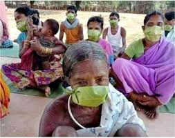 Gond tribal people devised their own way to make masks to fight coronavirus
