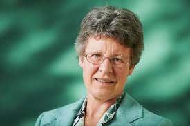 Portrait of astrophysicist Jocelyn Burnell